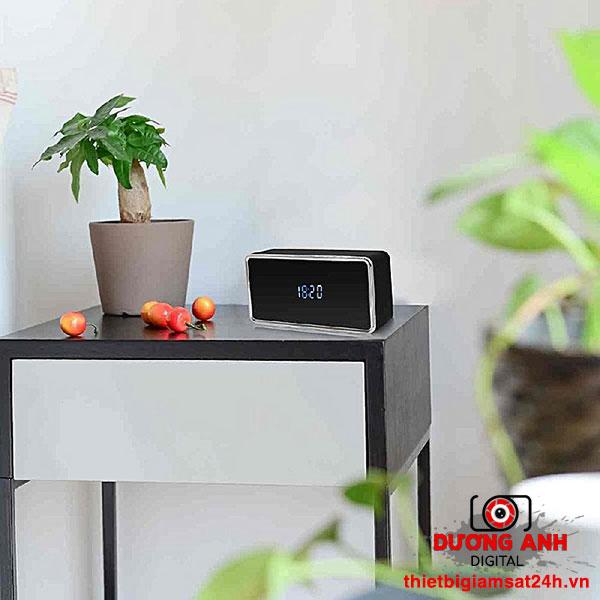 Camera ngụy trang đồng hồ để bàn Wifi Z21 không khác gì chiếc đồng hồ để bàn thông thường