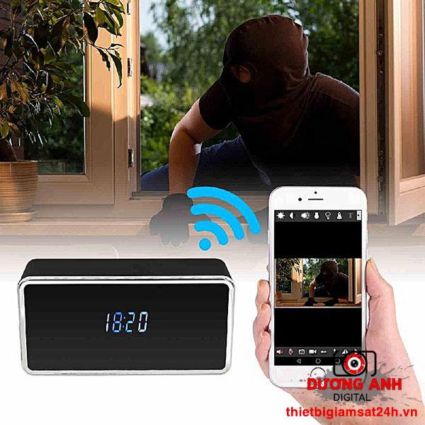 Khi có người lạ vào nhà, camera sẽ phát tín hiệu về điện thoại của bạn
