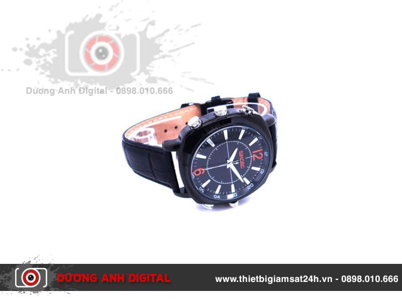 Camera ngụy trang đồng hồ đeo tay có thiết kế sành điệu