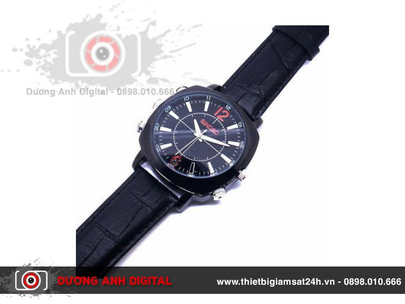Camera ngụy trang đồng hồ đeo tay có khả năng chống nước tốt